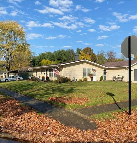 526 S Maxine Manor, Brownsburg, IN 46112 (MLS #21746848) :: Mike Price Realty Team - RE/MAX Centerstone