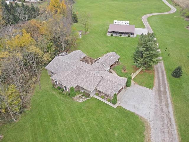 2535 E Massengale Road, Shelbyville, IN 46176 (MLS #21748711) :: Ferris Property Group