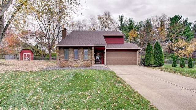 5235 Bobs Court, Greenwood, IN 46143 (MLS #21751898) :: The ORR Home Selling Team