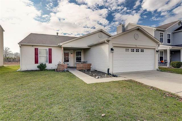 8319 Weathervane Circle, Indianapolis, IN 46239 (MLS #21751976) :: The ORR Home Selling Team
