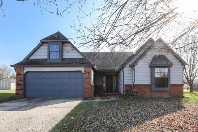7711 Oakshot Lane, Indianapolis, IN 46268 (MLS #21752105) :: The ORR Home Selling Team