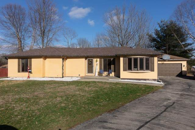 397 Mill Spring, Fillmore, IN 46128 (MLS #21752686) :: Realty ONE Group Dream