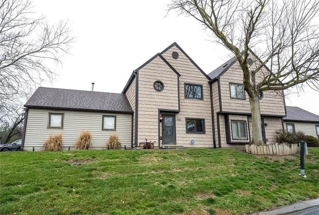 5904 E Highgate Circle, Indianapolis, IN 46250 (MLS #21755183) :: Mike Price Realty Team - RE/MAX Centerstone