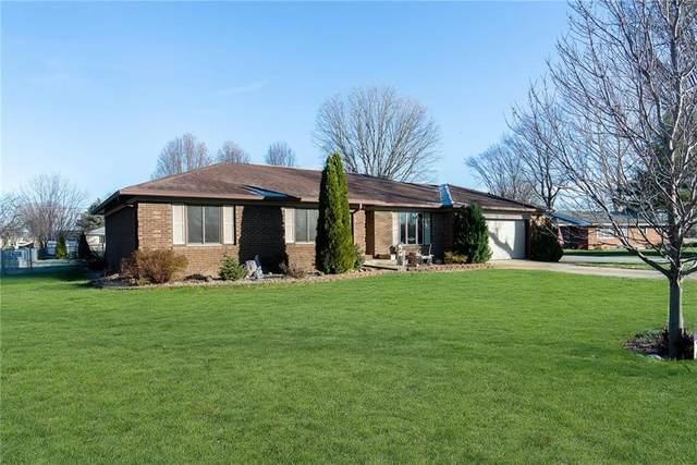 5474 W Maple Drive, Greenwood, IN 46142 (MLS #21755790) :: Heard Real Estate Team | eXp Realty, LLC