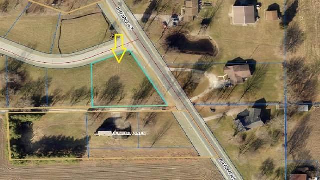 102 Saundra Drive, Fortville, IN 46040 (MLS #21759909) :: Richwine Elite Group