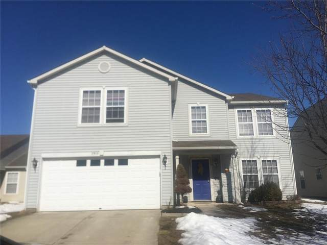 2910 Sentiment Lane, Greenwood, IN 46143 (MLS #21763943) :: Richwine Elite Group