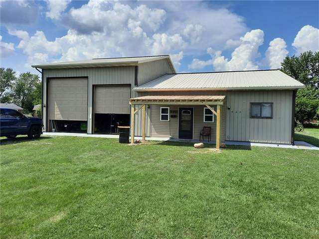 940 W 1090 N, Fountaintown, IN 46130 (MLS #21784368) :: Anthony Robinson & AMR Real Estate Group LLC