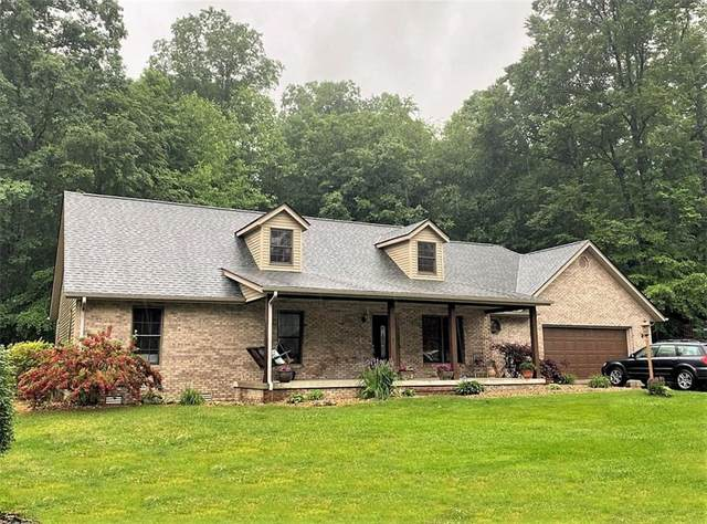 515 Persimmon Drive, North Vernon, IN 47265 (MLS #21788837) :: Mike Price Realty Team - RE/MAX Centerstone