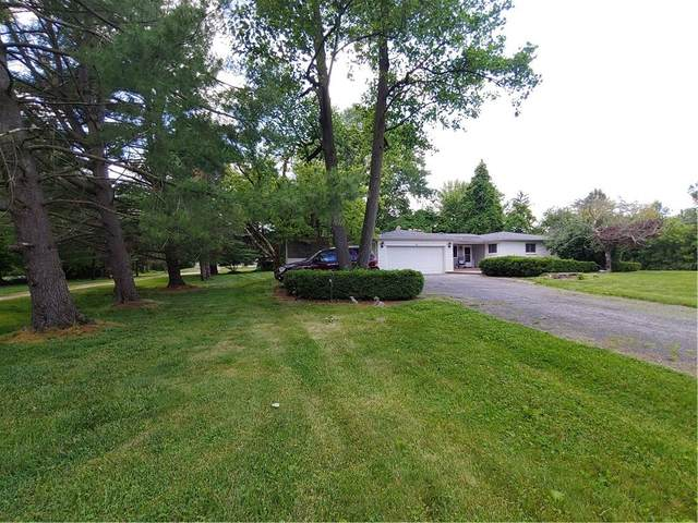8495 Crown Point Road, Indianapolis, IN 46278 (MLS #21792091) :: The ORR Home Selling Team