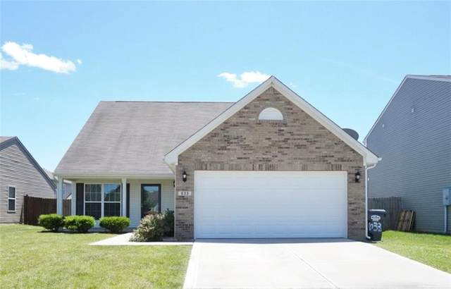 633 Cross Wind Drive, Greenwood, IN 46143 (MLS #21794604) :: Anthony Robinson & AMR Real Estate Group LLC