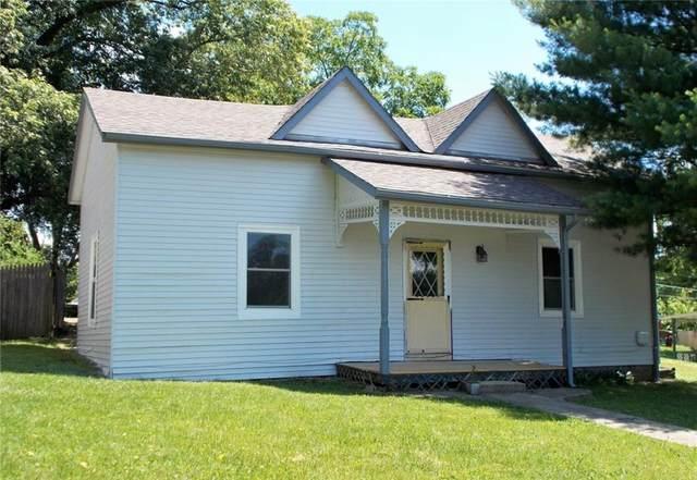 310 Summit Street, North Vernon, IN 47265 (MLS #21795090) :: Pennington Realty Team