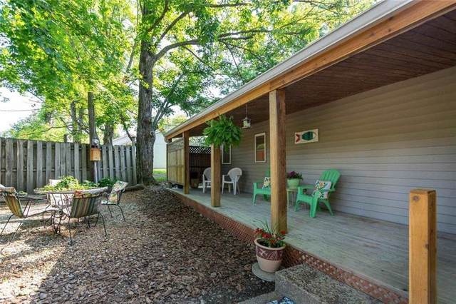 8347 S Fairfax Road, Bloomington, IN 47401 (MLS #21800118) :: Ferris Property Group