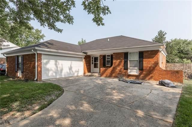 10290 Kiowa Drive, Indianapolis, IN 46235 (MLS #21801439) :: Heard Real Estate Team | eXp Realty, LLC