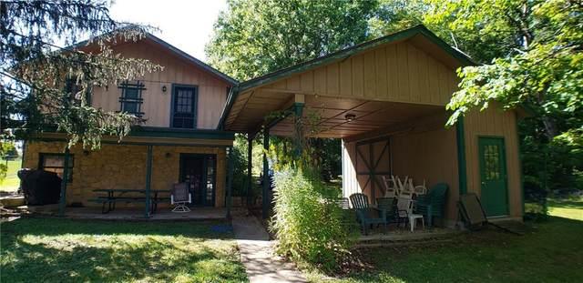 137 Mill Springs, Coatesville, IN 46121 (MLS #21813311) :: The Evelo Team
