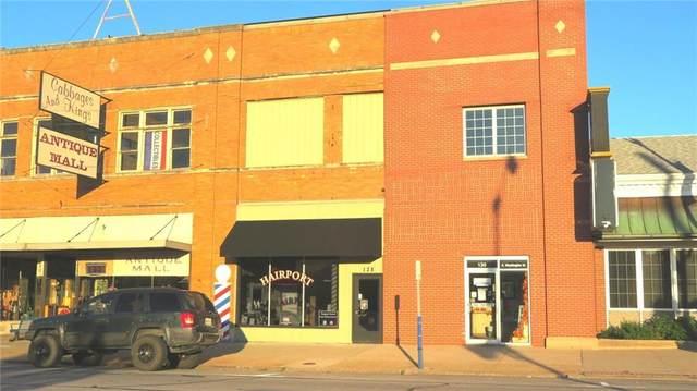 128 S Washington Street, Crawfordsville, IN 47933 (MLS #21815194) :: JM Realty Associates, Inc.