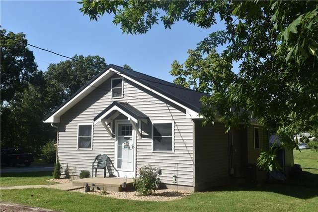 2780 W Lake Drive, Greenfield, IN 46140 (MLS #21815635) :: Richwine Elite Group