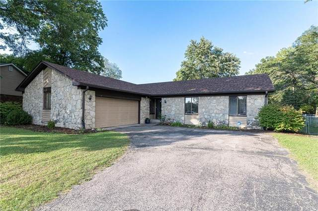 8334 Dove Court, Indianapolis, IN 46256 (MLS #21816819) :: Pennington Realty Team