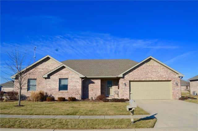 1108 Woodridge Drive, Brownsburg, IN 46112 (MLS #21542979) :: The ORR Home Selling Team