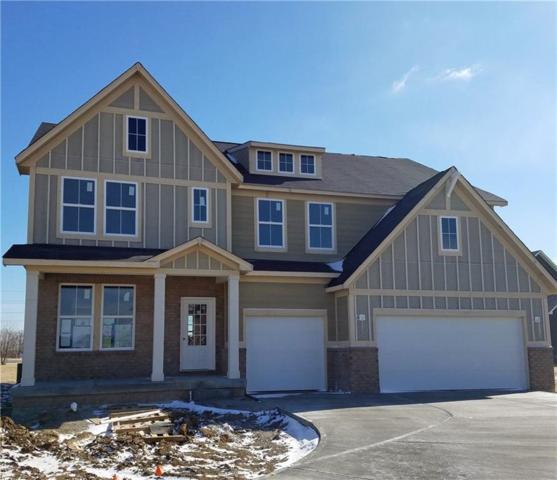 7903 Villa Circle, Avon, IN 46123 (MLS #21610988) :: The ORR Home Selling Team