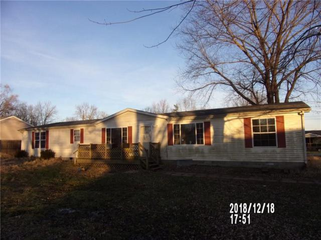 737 E Patterson, Columbus, IN 47203 (MLS #21615011) :: Mike Price Realty Team - RE/MAX Centerstone