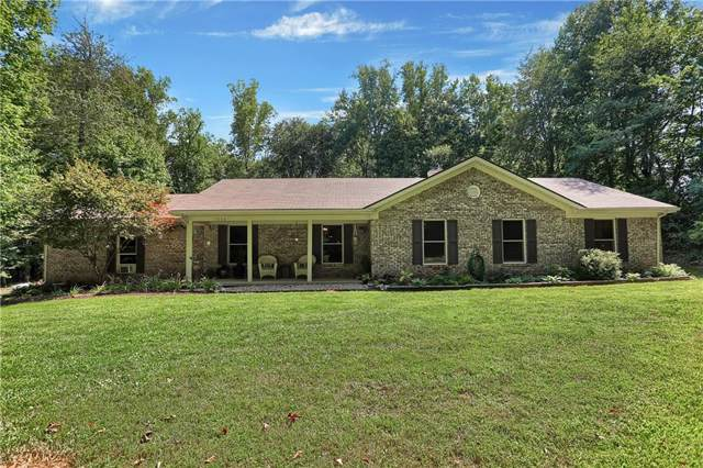 1250 Apache Trail, Martinsville, IN 46151 (MLS #21660440) :: Mike Price Realty Team - RE/MAX Centerstone