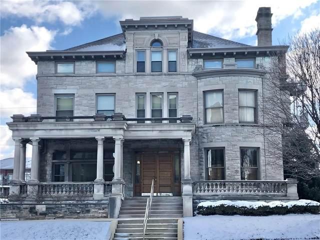 2105 N Meridian Street #201, Indianapolis, IN 46202 (MLS #21697051) :: The ORR Home Selling Team