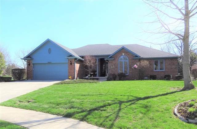 9932 Warren Circle, Indianapolis, IN 46229 (MLS #21701092) :: David Brenton's Team