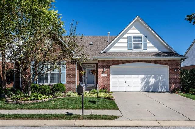 8416 Watertown Drive, Indianapolis, IN 46216 (MLS #21732225) :: David Brenton's Team