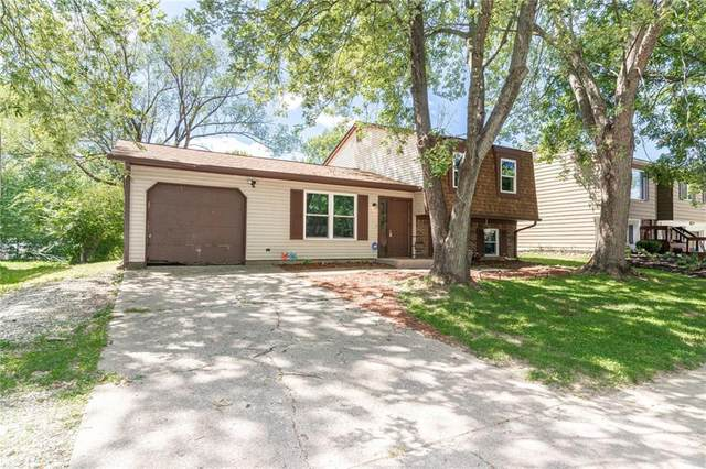 3038 Acoma Drive, Indianapolis, IN 46235 (MLS #21732962) :: AR/haus Group Realty