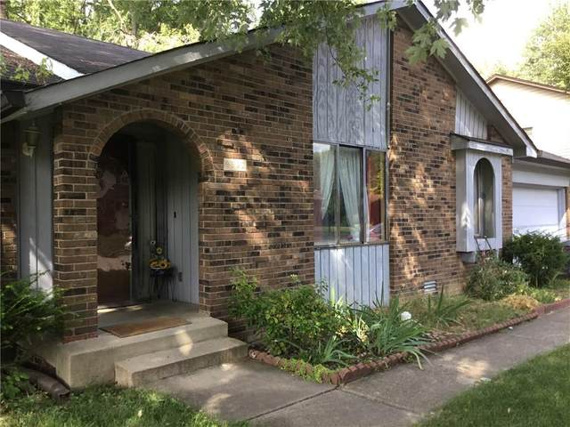 8522 E Bermuda Drive, Indianapolis, IN 46219 (MLS #21745982) :: AR/haus Group Realty