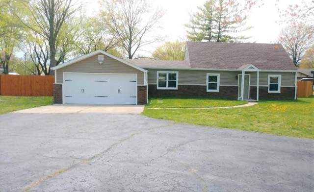 815 Briarwood Drive, Greenwood, IN 46142 (MLS #21777970) :: AR/haus Group Realty