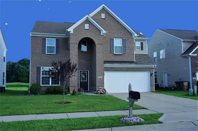 2051 Creek Bank Drive, Columbus, IN 47201 (MLS #21799270) :: Dean Wagner Realtors