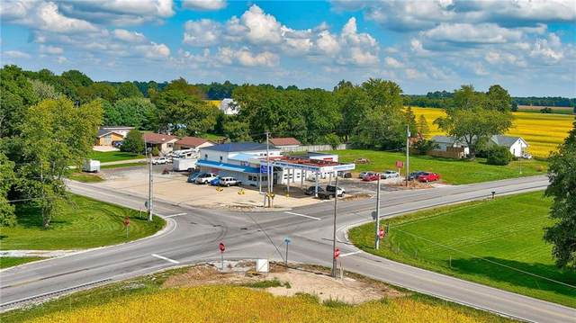 5982 W State Road 32, Anderson, IN 46011 (MLS #21812901) :: The Evelo Team