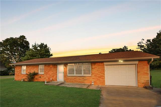 1609 Robin Road, Martinsville, IN 46151 (MLS #21737892) :: Mike Price Realty Team - RE/MAX Centerstone
