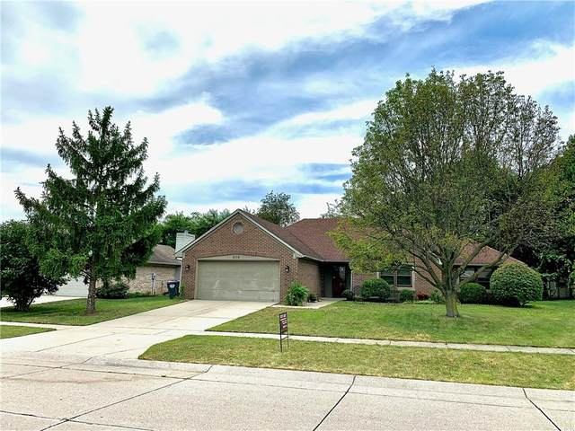 858 Cypress W, Greenwood, IN 46143 (MLS #21803833) :: The Indy Property Source