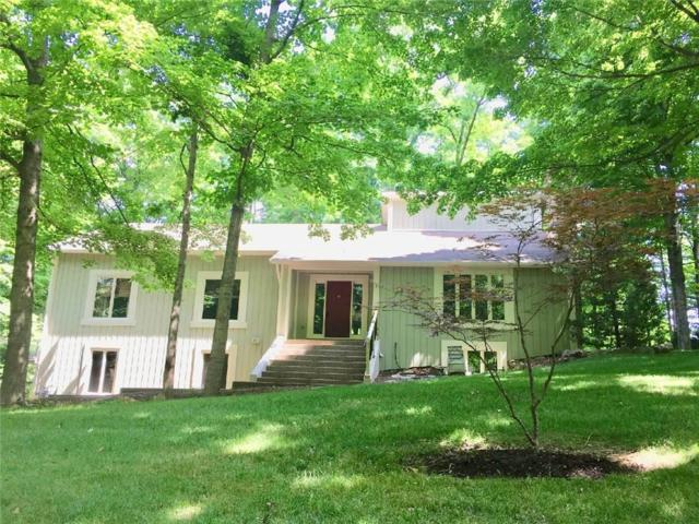 950 Tillson Drive, Zionsville, IN 46077 (MLS #21566715) :: The ORR Home Selling Team