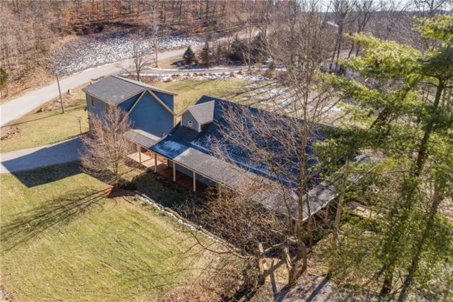 11261 W Grandview Drive, Columbus, IN 47201 (MLS #21612178) :: The ORR Home Selling Team