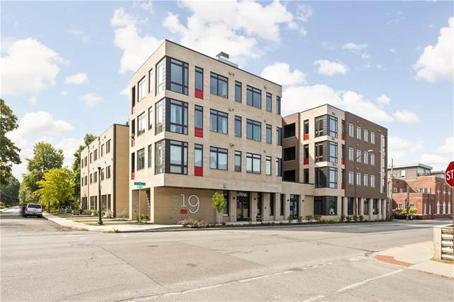 319 E 16th Street #205, Indianapolis, IN 46202 (MLS #21467822) :: The Indy Property Source