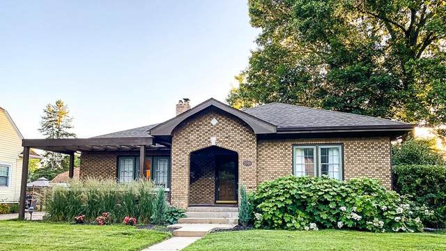 5746 N College Avenue, Indianapolis, IN 46220 (MLS #21788249) :: The Evelo Team