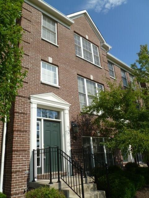 8615 N Meridian Street, Indianapolis, IN 46260 (MLS #21546647) :: The ORR Home Selling Team