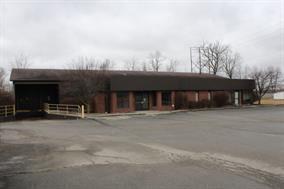 1007 N Shields Avenue, Seymour, IN 47274 (MLS #21548628) :: Indy Scene Real Estate Team