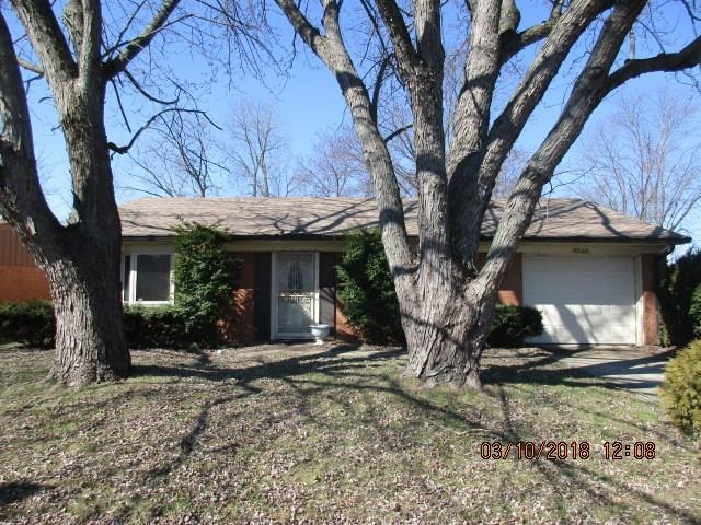 3522 Maura Lane, Indianapolis, IN 46235 (MLS #21550835) :: RE/MAX Ability Plus