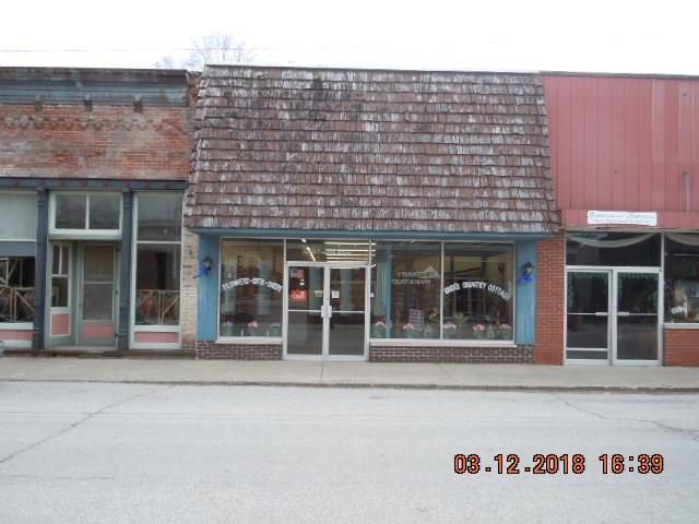 13 E Washington Street, Roachdale, IN 46172 (MLS #21551091) :: Indy Plus Realty Group- Keller Williams