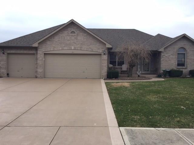 5345 Red Hawk Lane, Greenwood, IN 46143 (MLS #21551943) :: Indy Plus Realty Group- Keller Williams