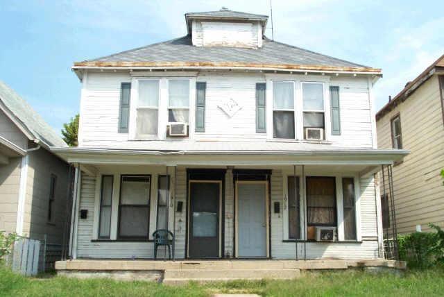 1910 E Lexington Avenue, Indianapolis, IN 46203 (MLS #21554345) :: The ORR Home Selling Team