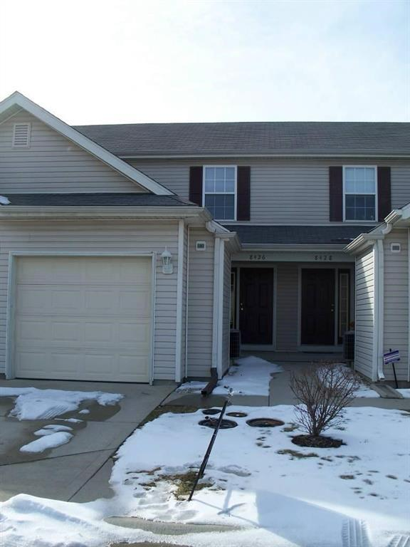 8426 Hague Road #11, Indianapolis, IN 46256 (MLS #21554856) :: The Evelo Team