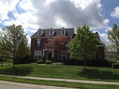 14115 Farmstead Drive, Fishers, IN 46040 (MLS #21555345) :: Indy Scene Real Estate Team