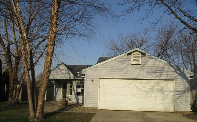 1317 Chesterfield, Anderson, IN 46012 (MLS #21558319) :: The Evelo Team