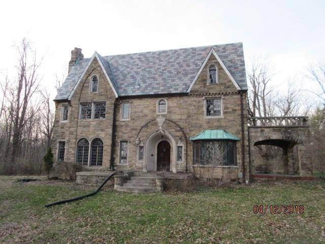 2421 W 39th Street, Indianapolis, IN 46228 (MLS #21560763) :: The Indy Property Source