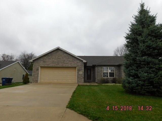 1613 S Stapleton Drive, Yorktown, IN 47396 (MLS #21560771) :: The ORR Home Selling Team